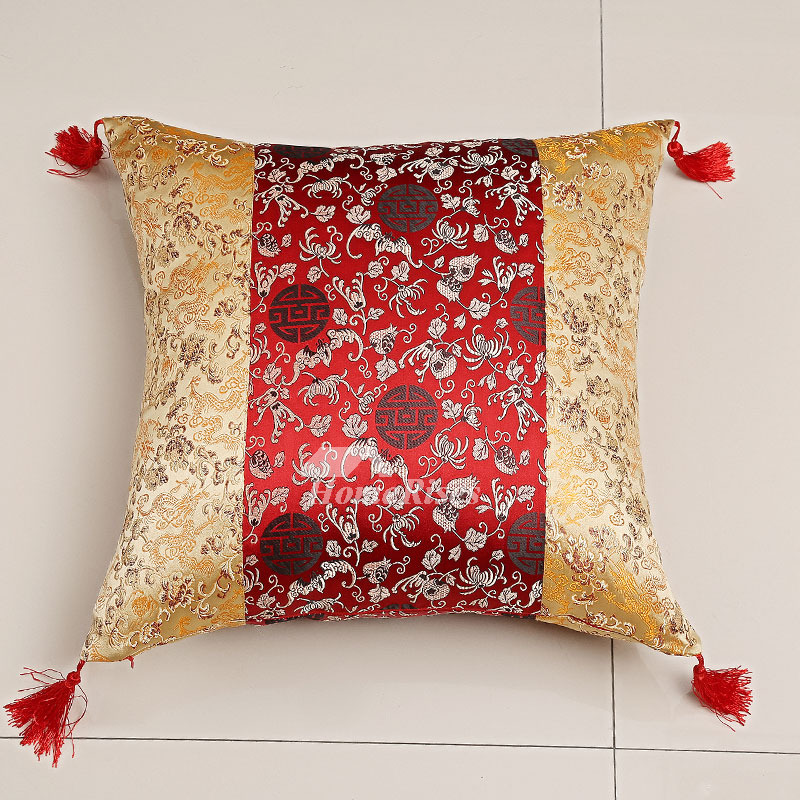 Luxury Vintage Red And Gold Floral Polyester Fiber Throw Pillows For Couch