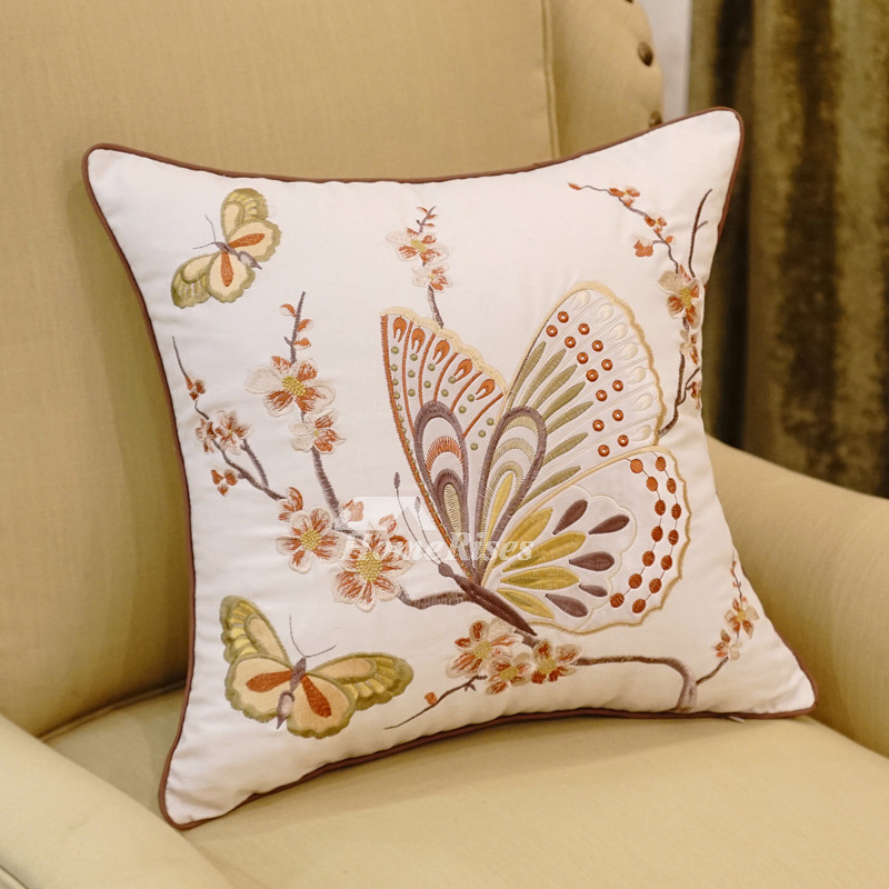 Country White Animal Floral Linen Best Throw Pillows