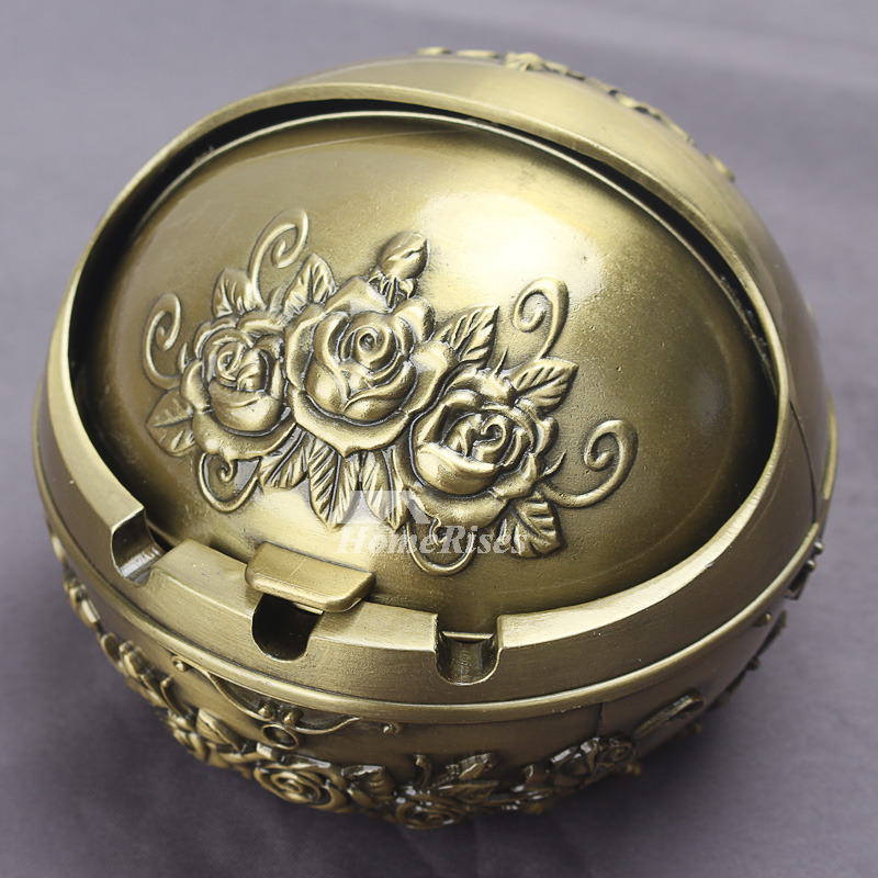 Car Ashtray Carved Metal Old Covered Decorative Zinc Alloy