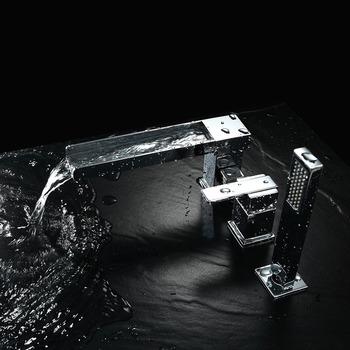 Silver Brass Bathtub Faucet