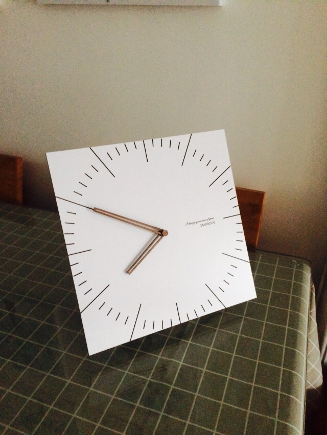 Simple Square White Modern Wooden Kitchen Wall Clocks